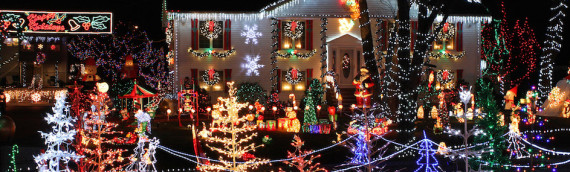 Safely Decorate Your Roof This Holiday Season